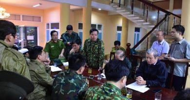 Đoàn cứu nạn tỉnh Thừa Thiên Huế, QK 4 bị vùi lấp khi đi cứu nạn, 13 cán bộ, chiến sĩ mất tích