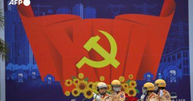 Đại hội Đảng XIII dưới ống kính của các phóng viên quốc tế