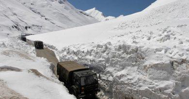 Binh sĩ Ấn Độ bị ném đá tử vong trong đụng độ biên giới với Trung Quốc
