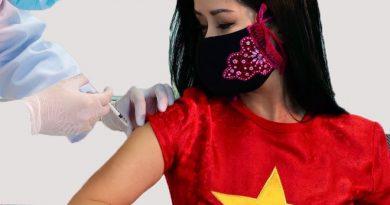 Ca sĩ Hồng Nhung đăng ký cho cả nhà tiêm vắc xin Việt Nam